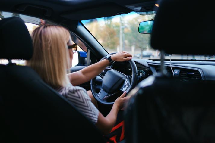 multa conducir sin gafas