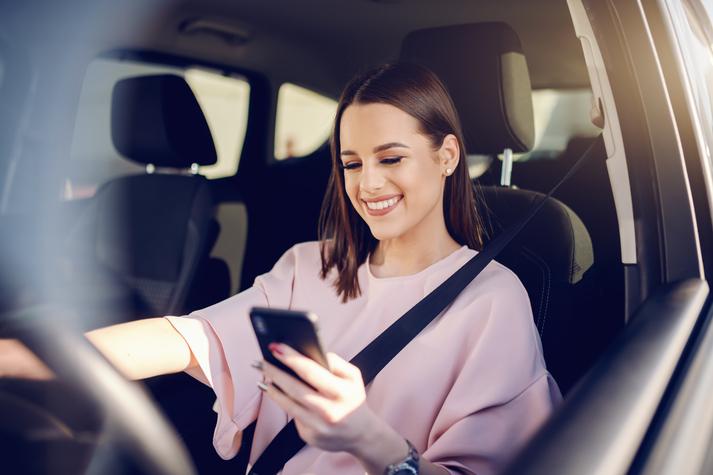 multa usar móvil conduciendo